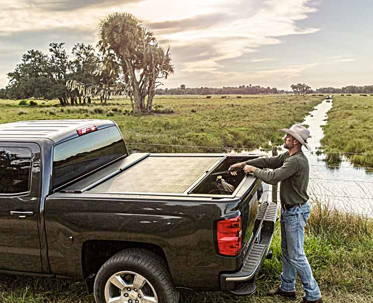 Hard Tonneau Outdoors